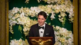 Prime Minister Justin Trudeau addresses a state dinner with US President Barack Obama Thursday, March 10, 2016 in Washington. THE CANADIAN PRESS/Paul Chiasson